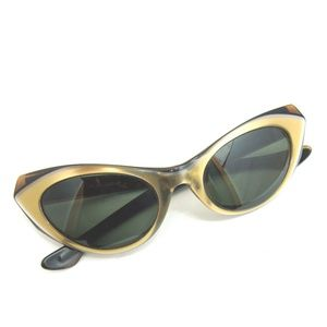 94925dfc0a904 Ray-Ban Accessories - Vintage Ray Ban Marche sunglasses cats eye glasses